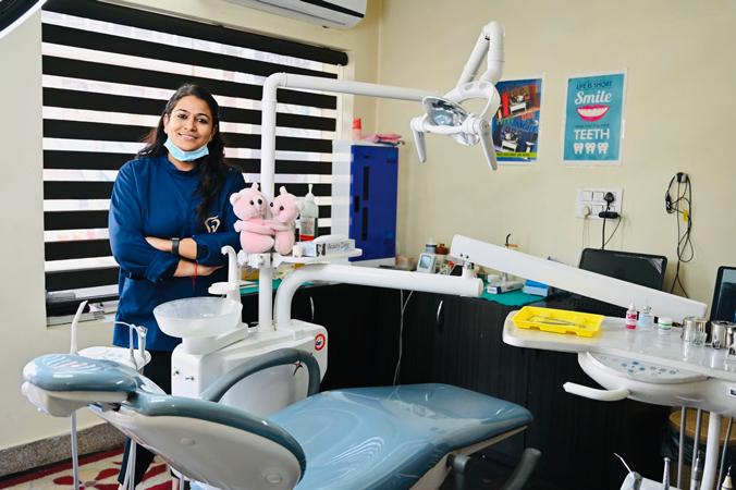 dr-keerti-chandail-tooth-villa-dental-clinic-jammu